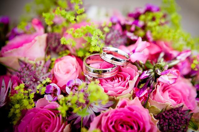 花束と指輪