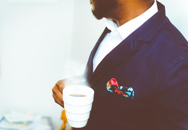 スーツの紳士