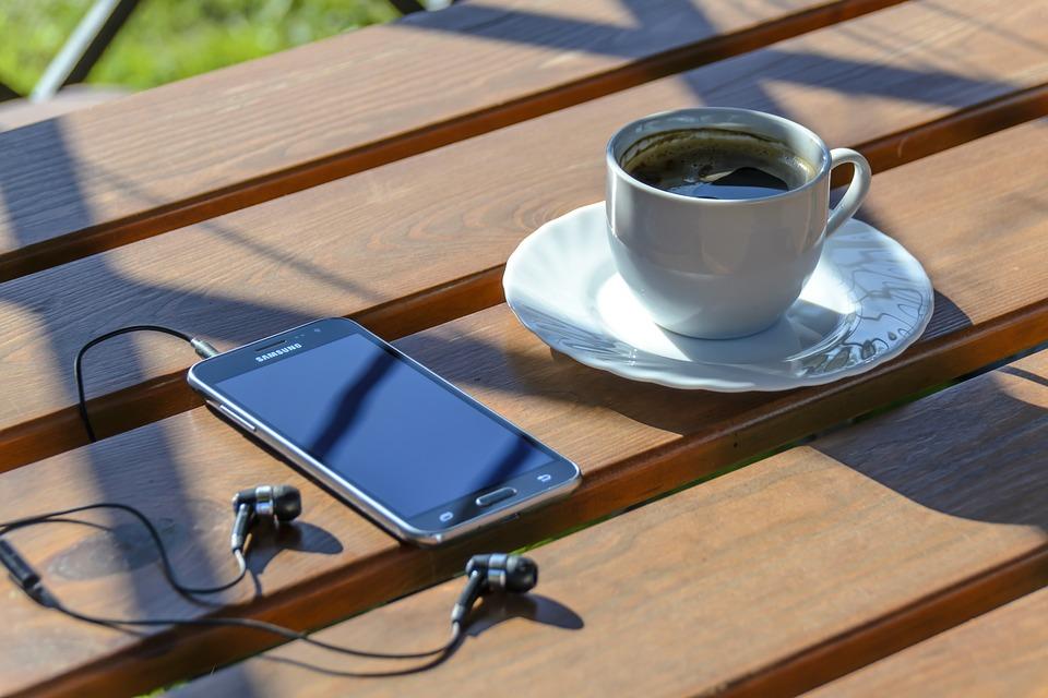 外でのコーヒー