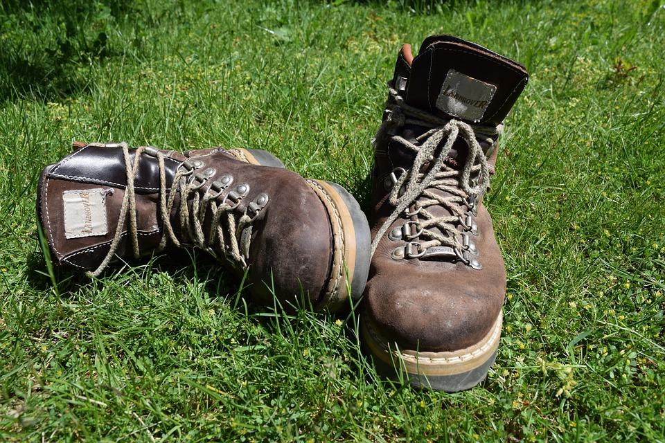 真夏の登山靴